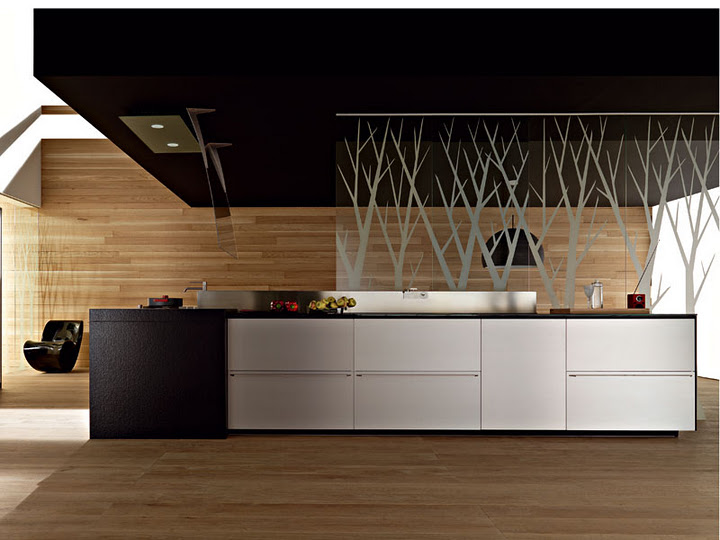 Ristrutturare la cucinaRenewing the KitchenRenovar la cocina